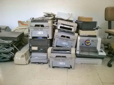 Utylizacja komputerów i nośników.