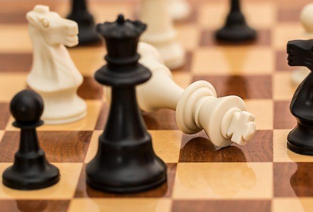 Gdzie grać w szachy Kluby szachowe, internetowe platformy