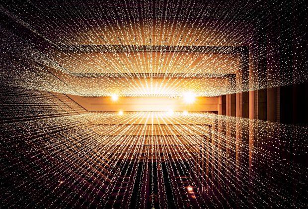 Jak przebiega montaż sieci światłowodowych, kto się tym zajmuje